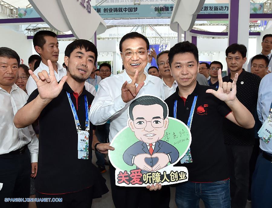 PM chino reitera impulso a innovación y espíritu emprendedor