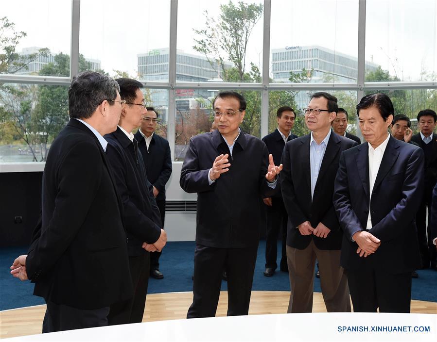 PM chino promete mejor entorno para inversión extranjera