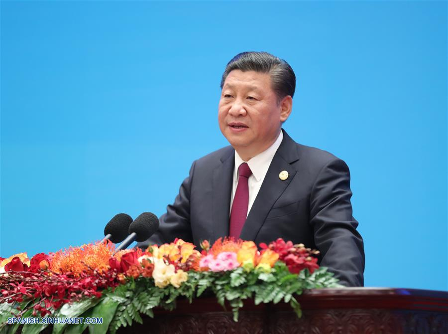 (Dos sesiones) Presidente chino firma decreto nombrando premier a Li Keqiang