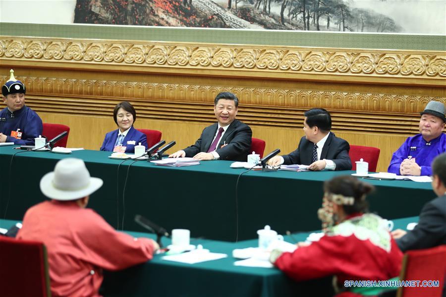 (Dos sesiones)Presidente chino subraya foco de desarrollo de economía de alta calidad
