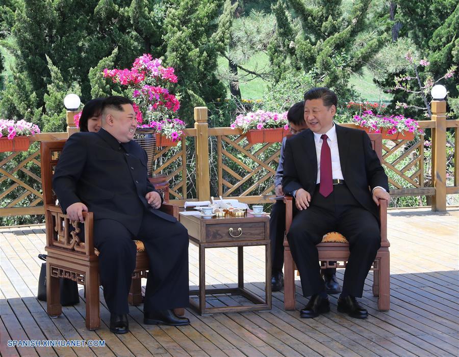 Xi Jinping y Kim Jong Un mantienen conversaciones en Dalian
