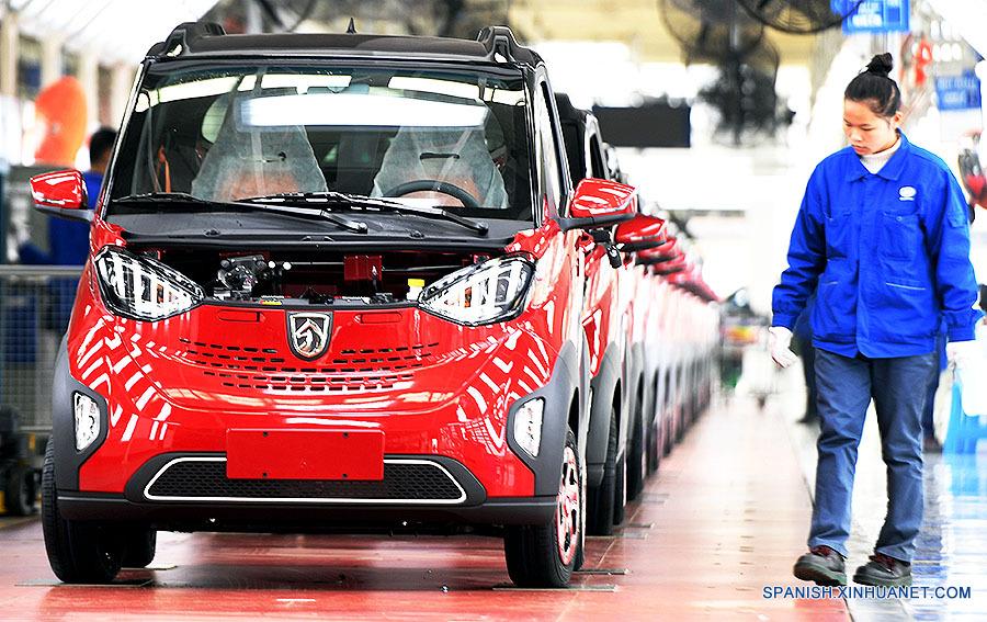 China impulsará crecimiento de consumo firme y de alta calidad