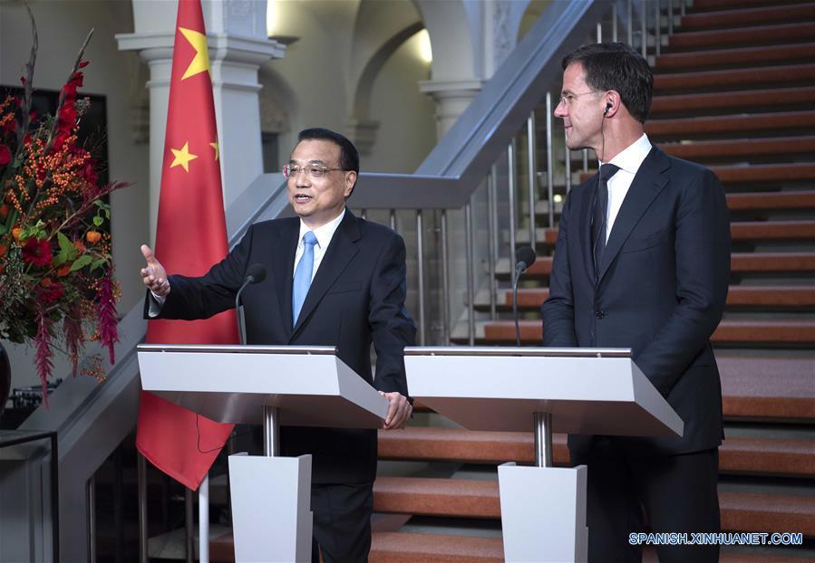 RESUMEN: China y Holanda piden libre comercio contra proteccionismo