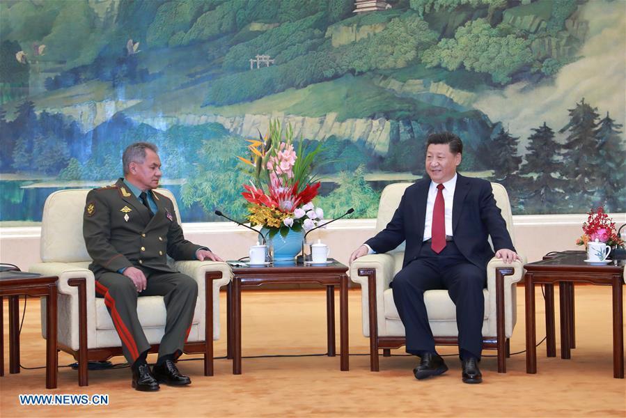 Xi se reúne con ministro de Defensa de Rusia