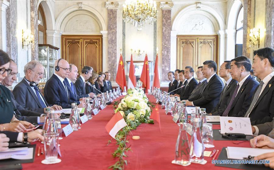 Xi sostiene conversaciones con príncipe Alberto II sobre fortalecimiento de relaciones China-Mónaco