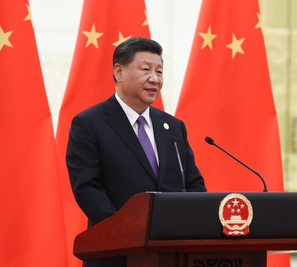 Xi ofrece banquete en honor de huéspedes que asisten a CDAC