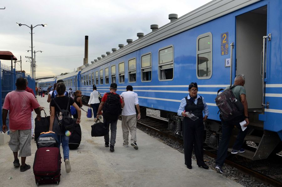 Más de 200 mil cubanos son transportados en los nuevos trenes chinos