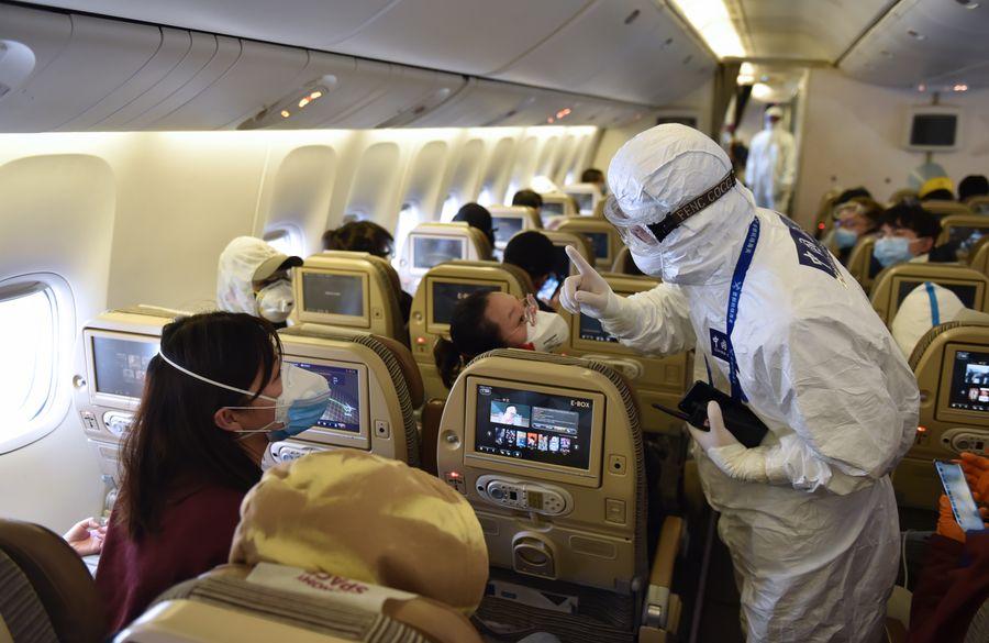 China impulsa conectividad a internet en aviones comerciales