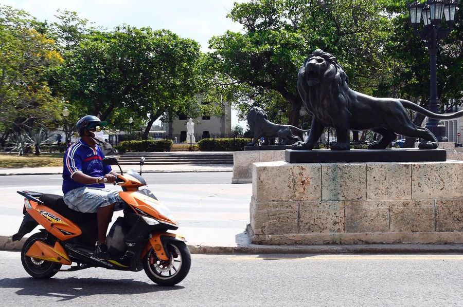 Suspenden desfile del 1 de mayo por COVID-19 en Cuba