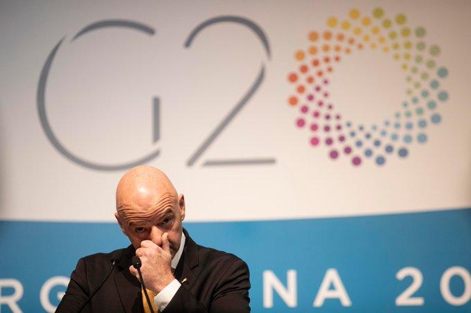 Presidente de FIFA: Nadie sabe cuándo volverá el fútbol
