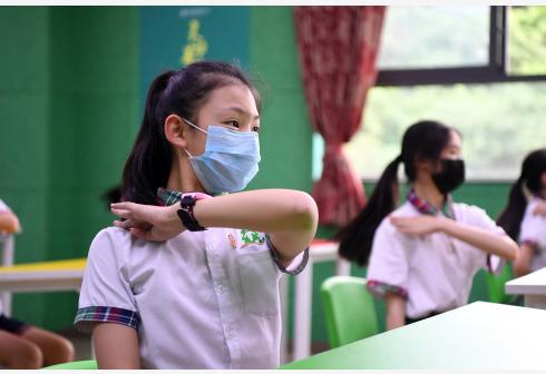 Experta psicóloga china resalta importancia de salud mental de alumnos tras regreso a clases