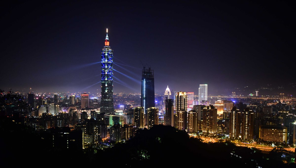 Cancillería china critica visita a Taiwan del secretario de Salud de EE. UU.