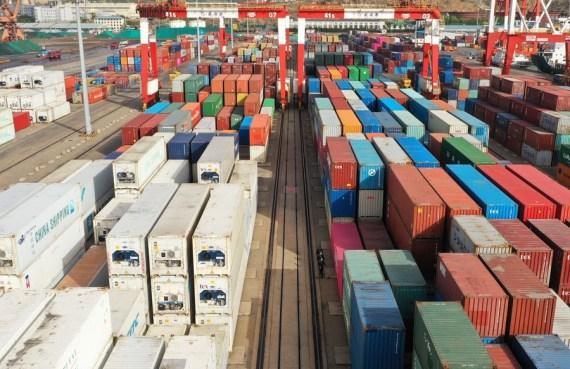 Superávit comercial de bienes y servicios de China llega a 60.000 millones de dólares en mayo