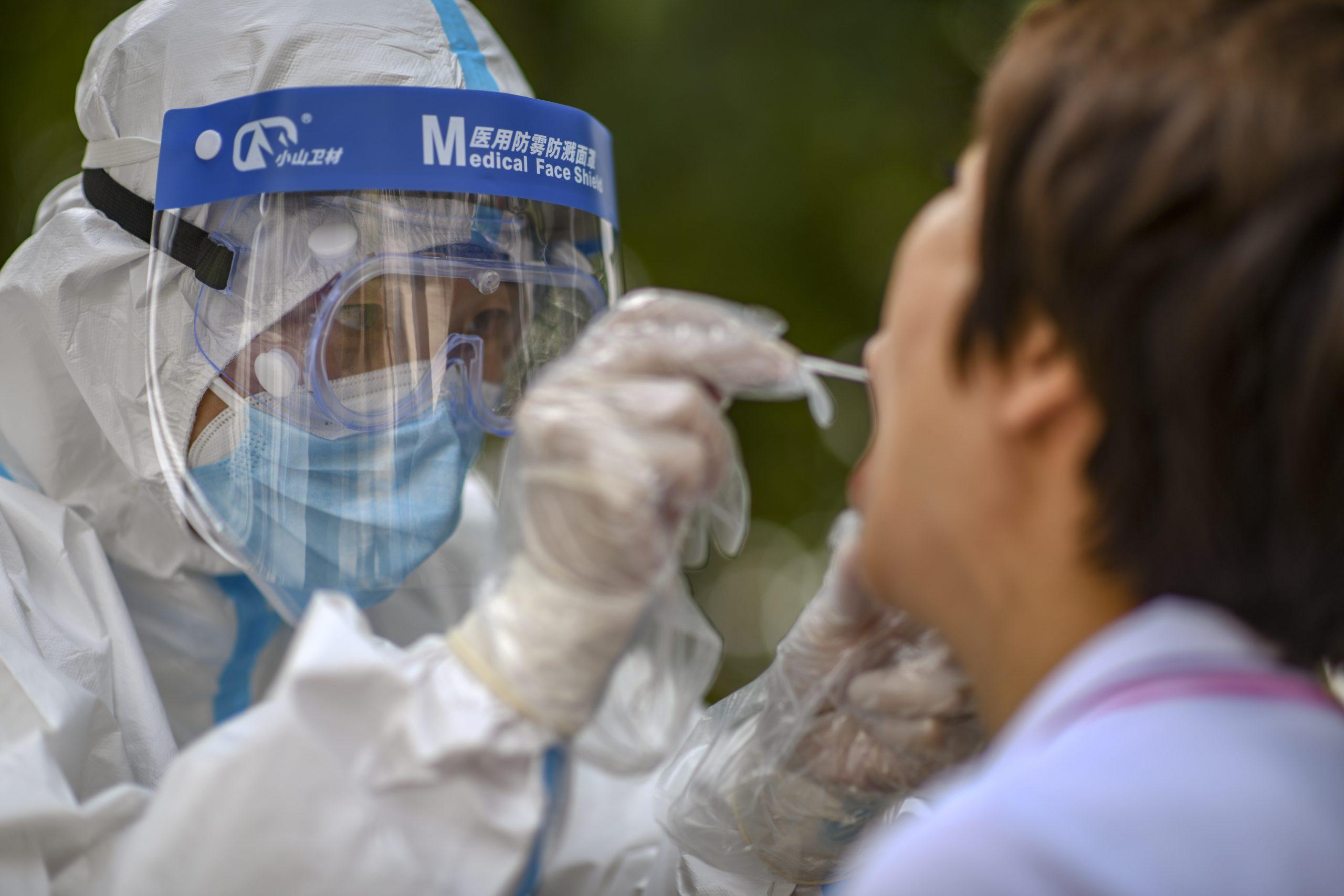 Beijing reporta cinco nuevos casos de transmisión local de COVID-19