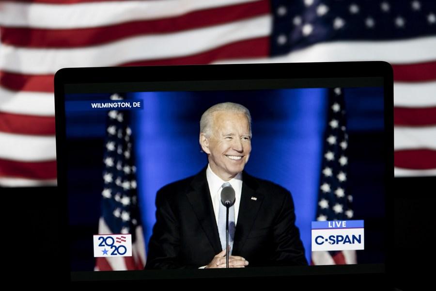 China felicita a Joe Biden y Kamala Harris