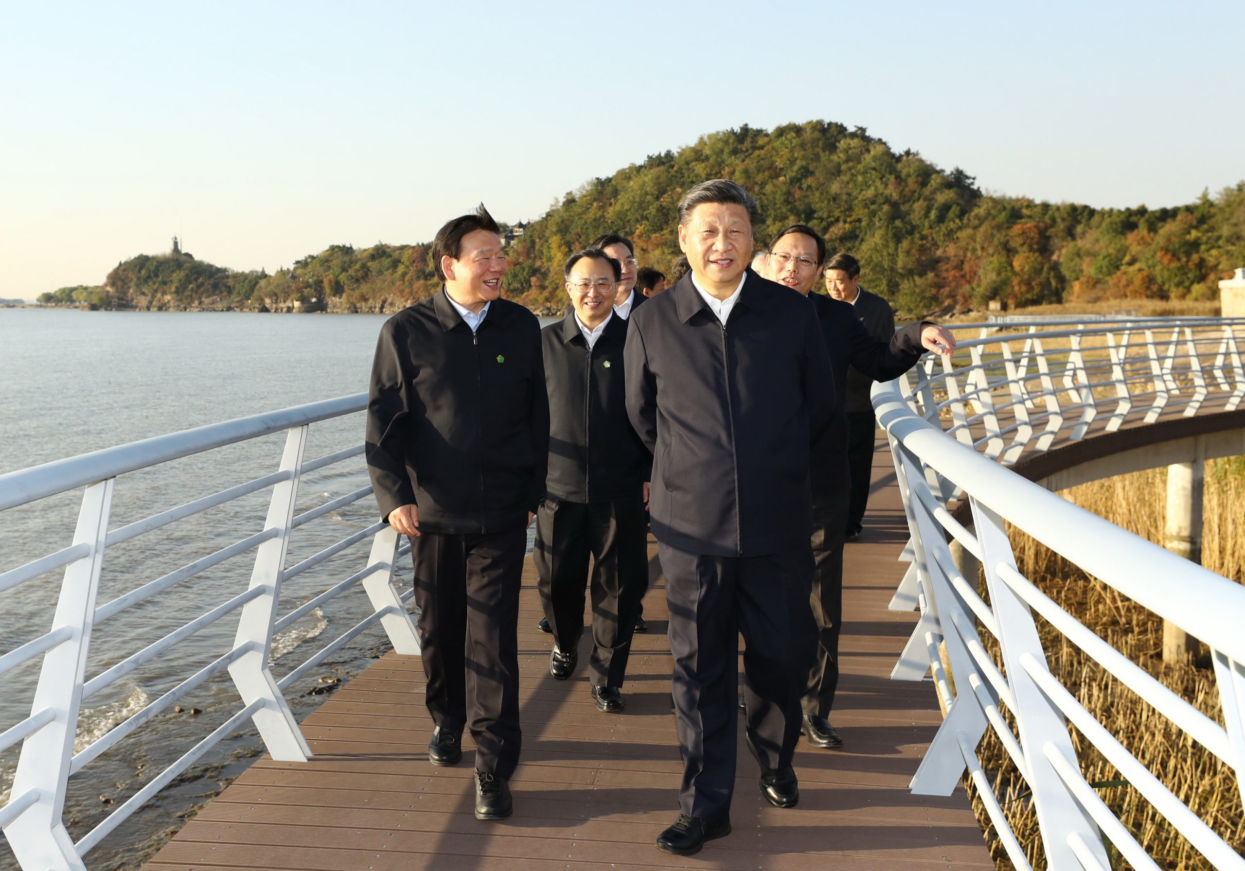 Xi inspecciona protección medioambiental del río Yangtse