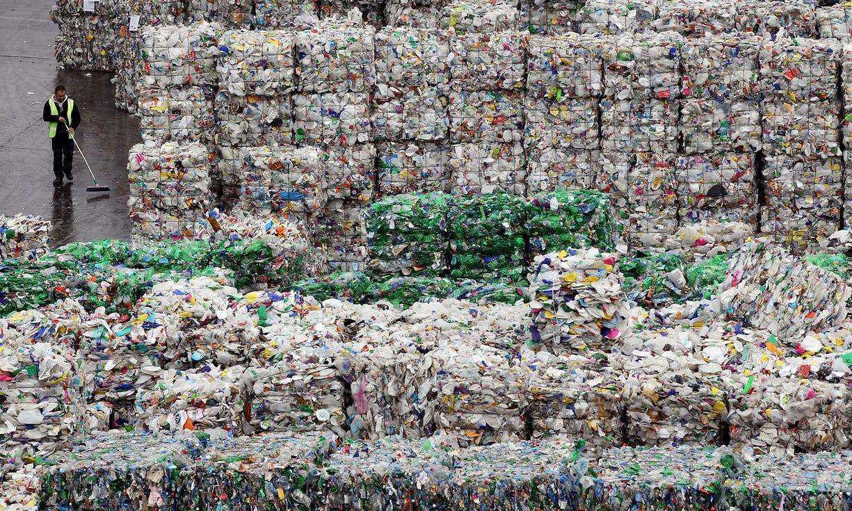 China prohibirá totalmente importaciones de residuos sólidos a partir de 2021