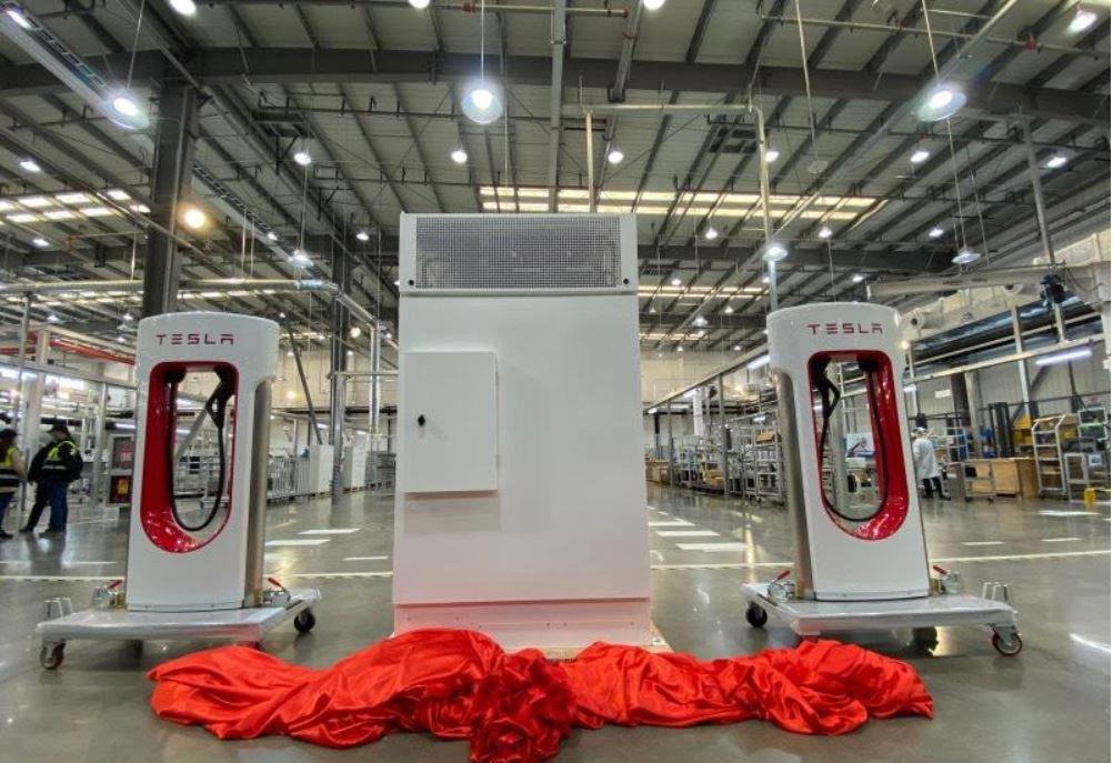 Gigante chino de baterías amplía acuerdo de suministro con Tesla