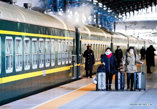 Sube 23,7 % volumen de carga ferroviaria de China en vacaciones de Año Nuevo Lunar