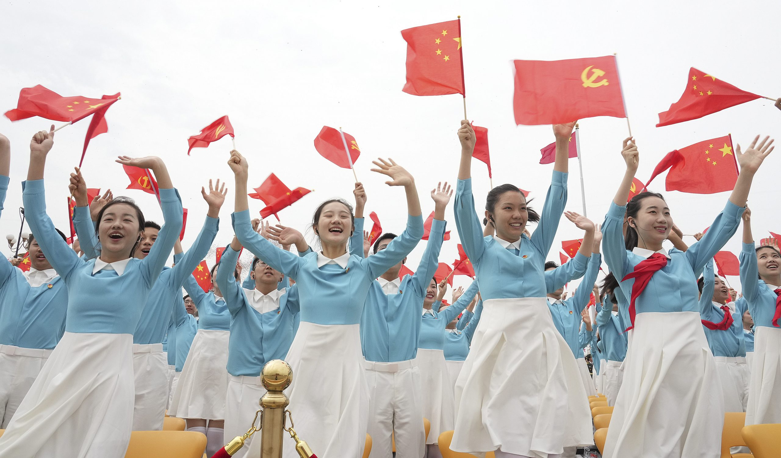 Xi señala que el futuro pertenece a los jóvenes