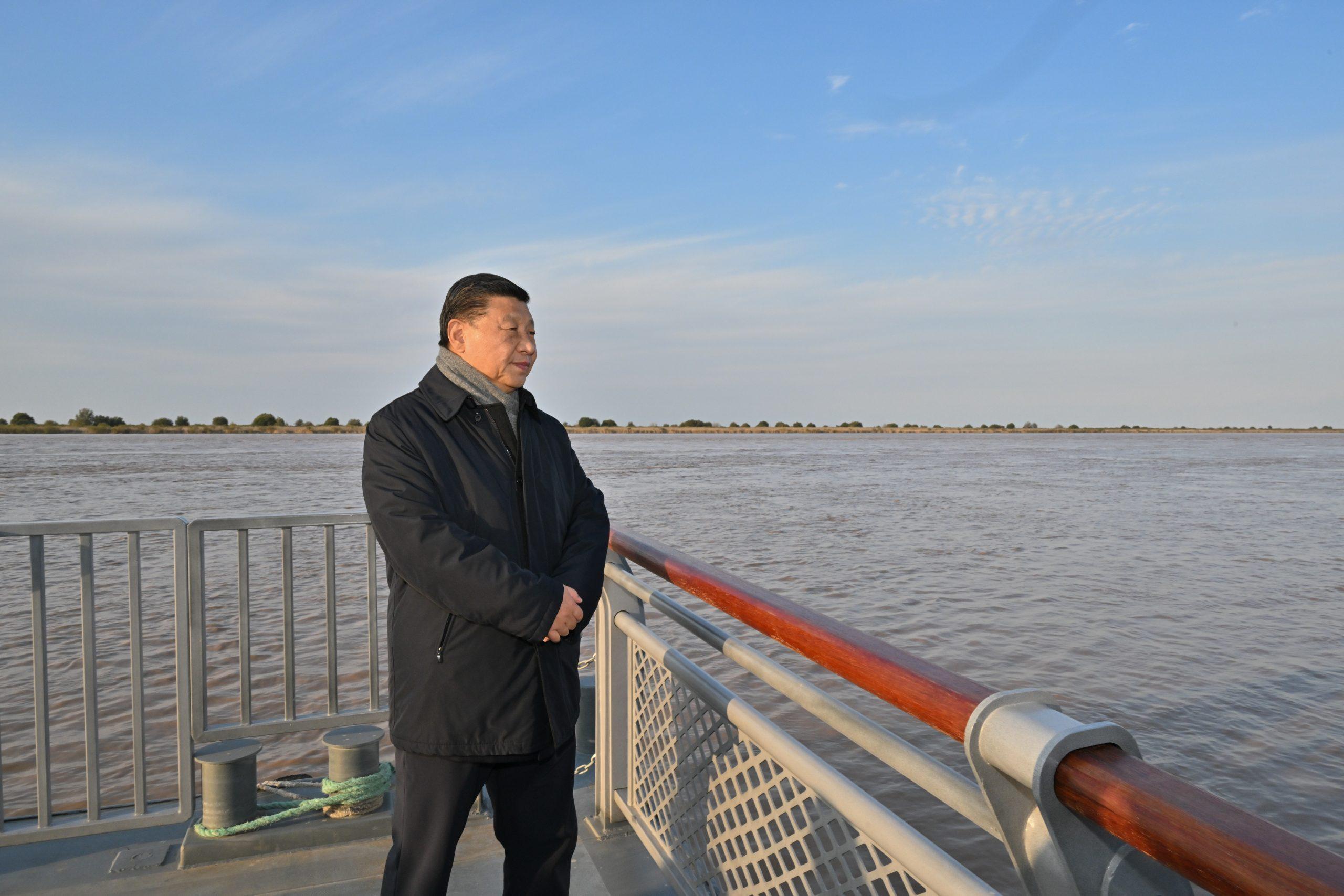 Xi insta a alcanzar progreso destacado en protección ecológica y desarrollo de alta calidad de cuenca de río Amarillo