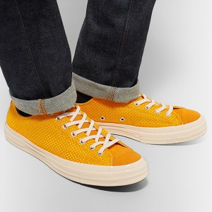 Canvas Low Top Sneakers (2)