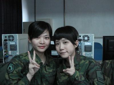 taiwan-women-soldiers-06