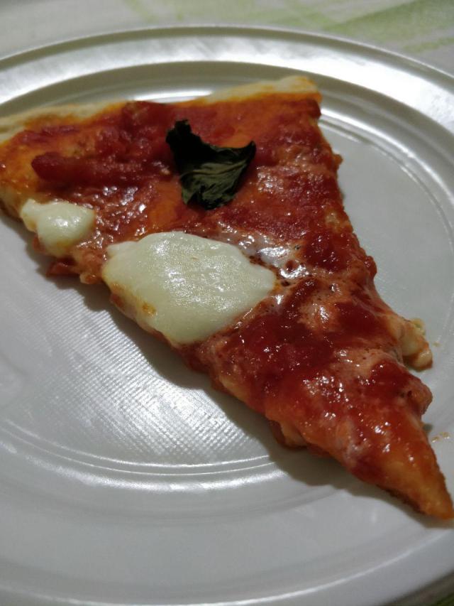 pizza preparata con planetaria aicok