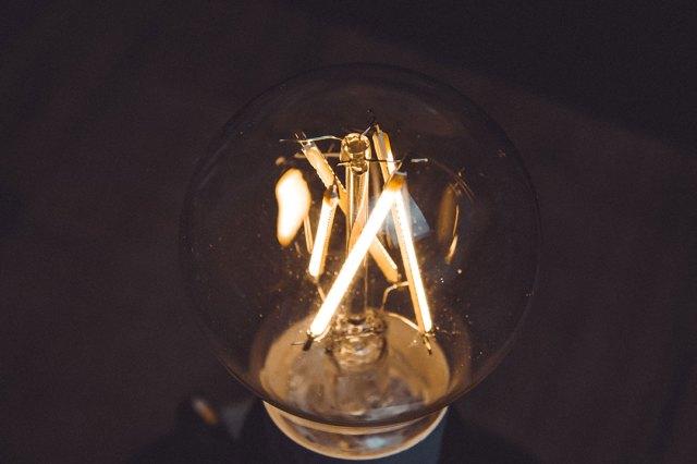 Recensione Yeelight Filament Bulb: stile classico dall'animo smart!