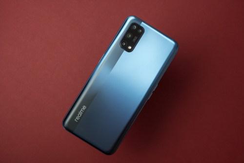 Recensione realme 7 5G: dual SIM 5G economico, con qualche compromesso