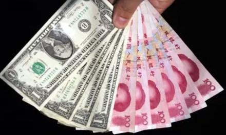 Le yuan continue sa descente