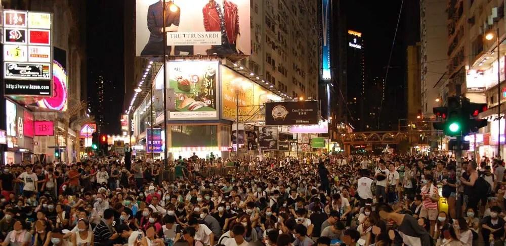Beijing dénonce des «émeutes» à Hong Kong