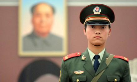 Xi Jinping et l'armée assurent de leur présence