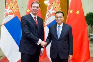 Les Premiers ministres chinois, Li Keqiang et serbe, Aleksandar Vucic. 2014