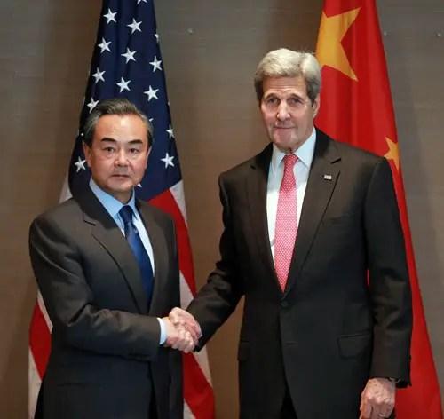 Wang Yi a rappelé à John Kerry la position de la Chine sur le climat