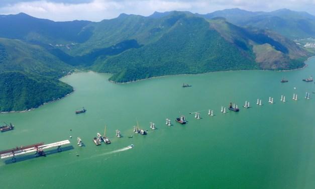 Xi Jinping inaugure le pont entre Hong Kong et la Chine continentale