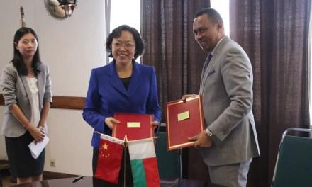 Un documentaire sur des médecins chinois à Madagascar