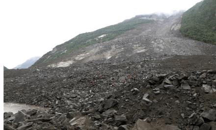 Glissement de terrain : au moins 15 décès confirmés, plus de 120 disparus