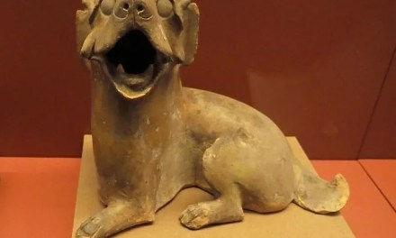 Le chien s'expose au Musée national
