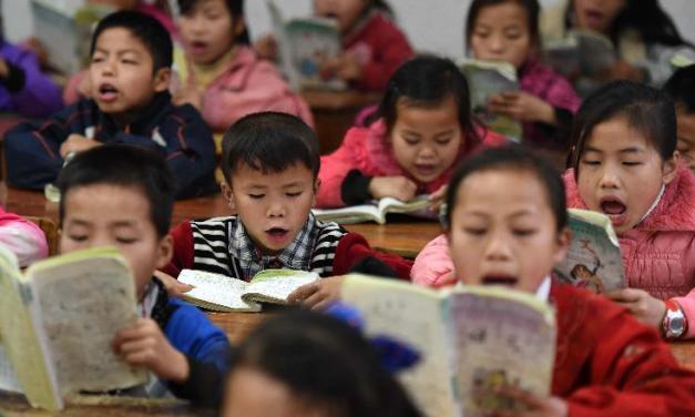 Des milliers d'écoliers reçoivent des montres connectées