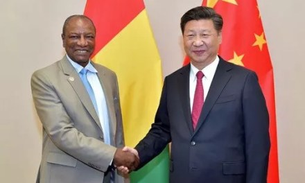 Alpha Condé veut reconquérir Xi Jinping