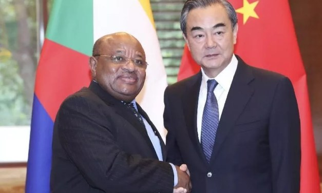 Pour Wang Yi, «l'Afrique et la Chine, de bons amis et compagnons d'armes»