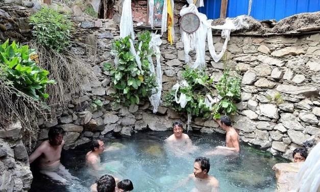 Les bains médicinaux tibétains inscrit au patrimoine mondial