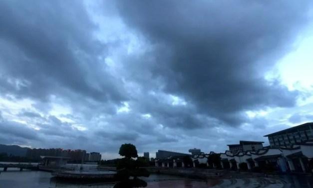 La Chine se prépare à  l'approche d'un puissant typhon