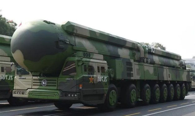 Des missiles hypersoniques chinois déployés face à Taïwan