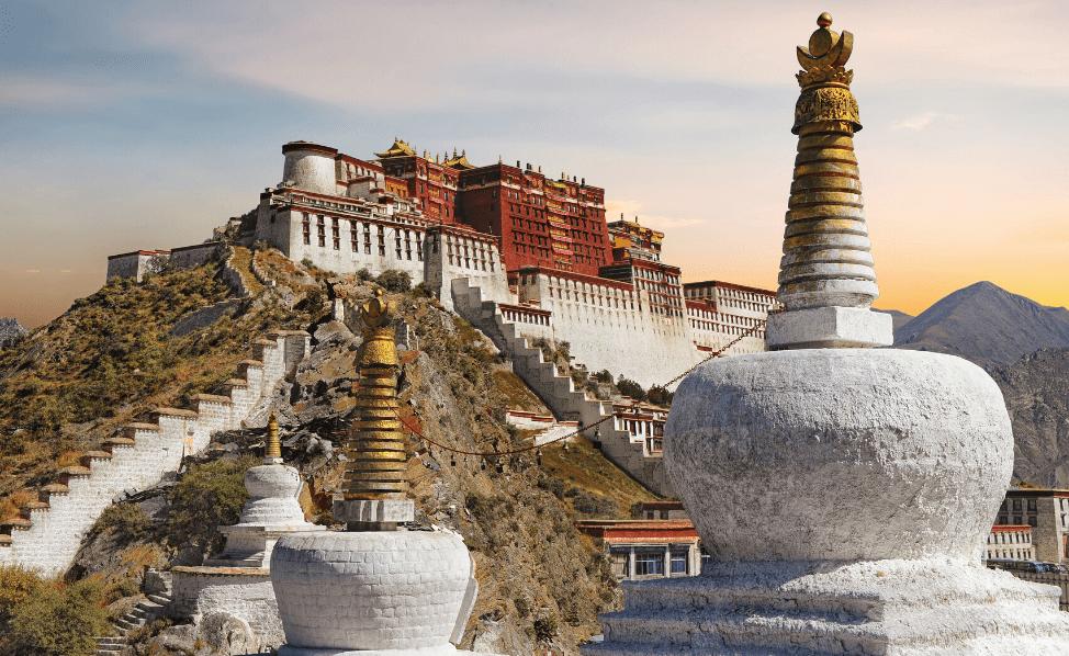 Lhassa, capitale du Tibet, s'urbanise