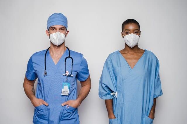 美国做护工的3个基本步骤!工作环境好薪水高