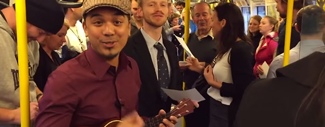 Inspiration : Train Commuters Sing Along to Somewhere Over The Rainbow