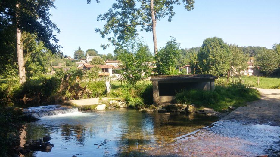 Attraversamento fiume poco dopo Montsérié
