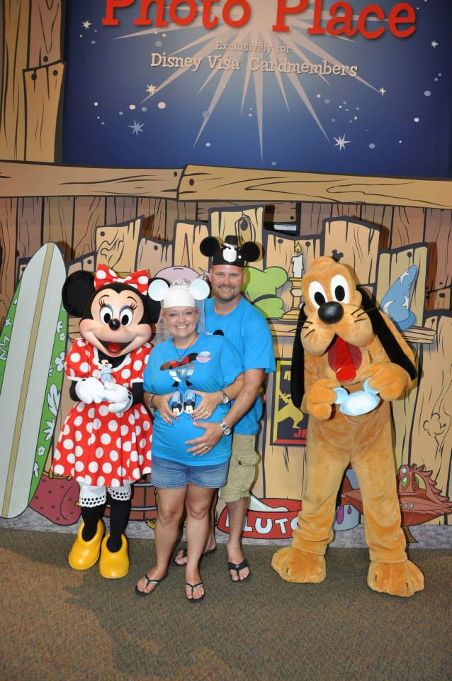 Disney rewards visa character meet n greet one of the perks i have always enjoyed about being a disney rewards visa cardholder is the character meet n greet opportunity at epcot m4hsunfo